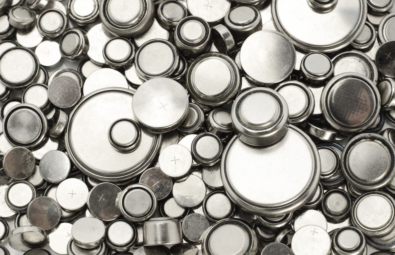 The Commercial Uses of Lithium: Lithium-Ion Batteries & White Lithium Grease